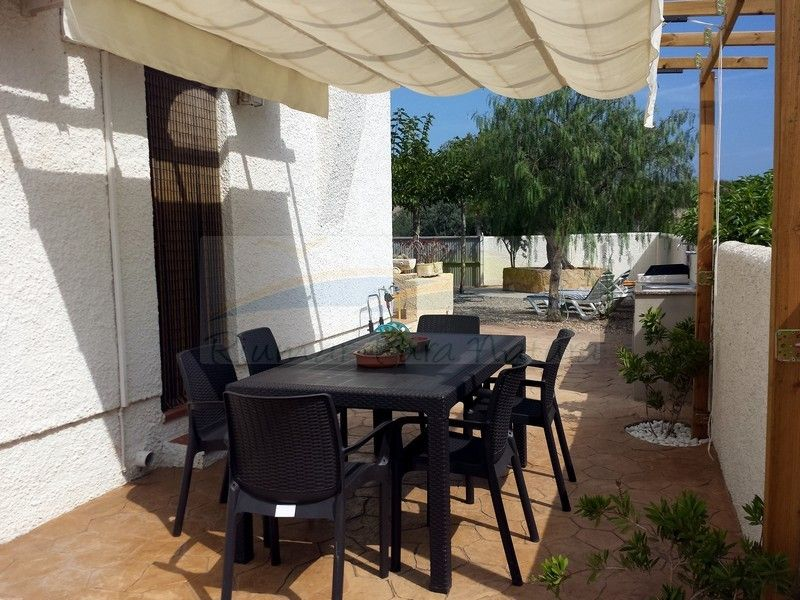Chalet Marisol. Rent of houses and villas in Riumar, Deltebre, the Ebro Delta - 10