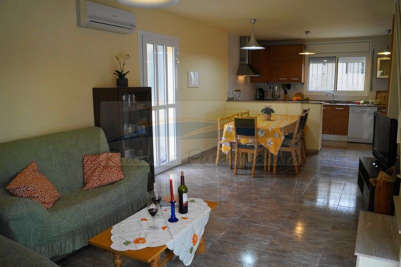 Chalet Illa de Mar. Alquiler de casas y chalets en Riumar, Deltebre, delta del Ebro - 1