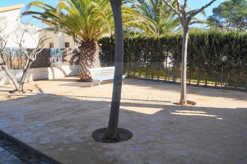 Villa L'Alfacada. Rent of houses and villas in Riumar, Deltebre, the Ebro Delta - 14