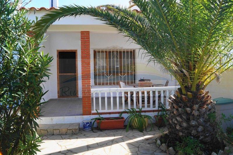 Chalet Corazon. Alquiler de casas y chalets en Riumar, Deltebre, delta del Ebro - 0